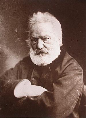 Art.Victor-Hugo-Nadar-1884